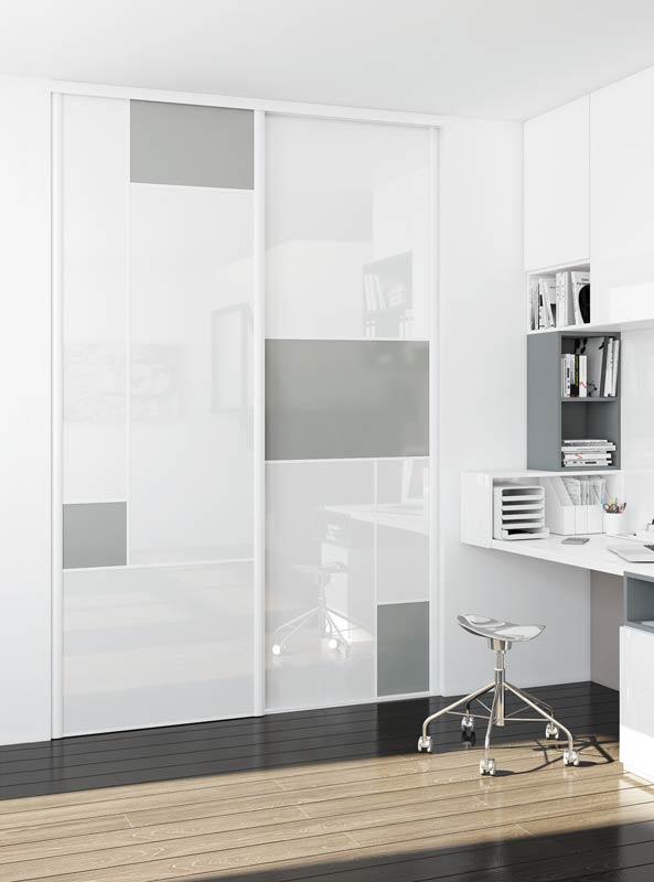 Portes de placard coulissantes modèle spécial vitre laquée blanche et vitre contrast silver